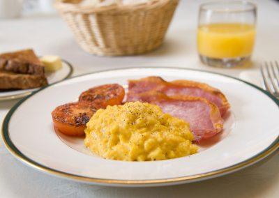 Beera-Farm-Bacon-and-Eggs-1